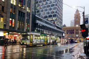 Australia to reexamine investor visa rules
