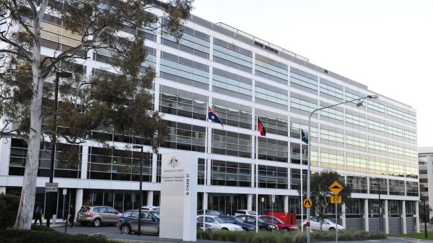DIBP Australia warns against agents who are not Registered Migration Agents