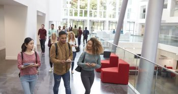 Australian overseas students urged to verify their salaries for adequacy
